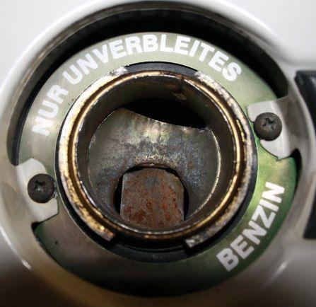 nur unverbleites benzin