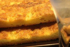 Tarte au sucre briochée : Un moelleux de brioche dans une taille de tarte