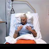 Stars sous hypnose : Baptiste Giabiconi se réveille avec des seins (vidéo). - LeBlogTvNews