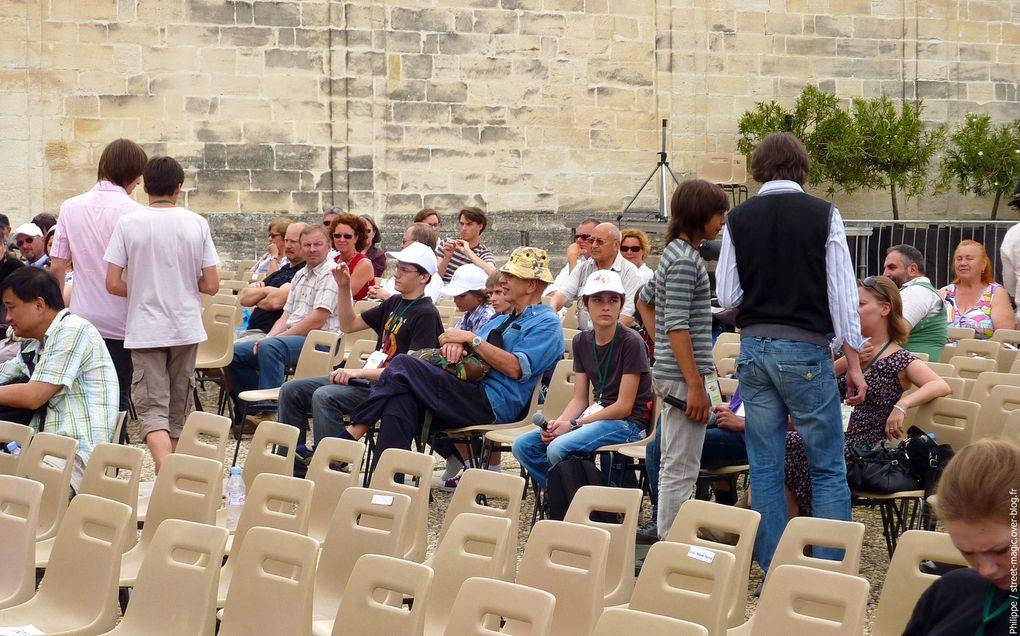 Photos de Street Magic prises à Avignon (France) le 30 mai 2010.