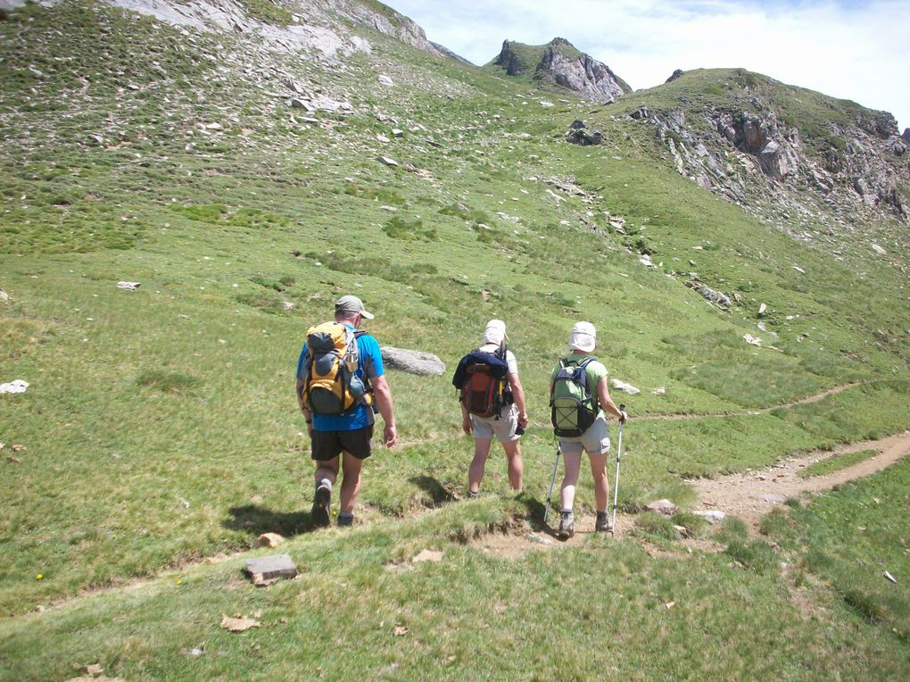 Randonnée vers le Lac Vert et le Lac Bleu par le Col d'Aoube