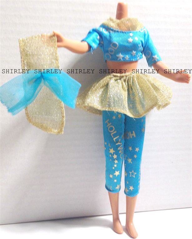 """HOLLYWOOD HAIR"" SKIPPER DOLL CLOTHES 1992 MATTEL #2903"