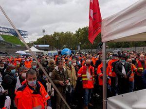 Forte mobilisation des salariés à l'appel unitaire au rassemblement sous Bercy le 9 octobre 2020