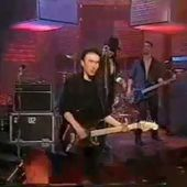 U2 -BBC TV 'Top Of The Pops' - Londres -Angleterre 30-03-1983 - U2 BLOG