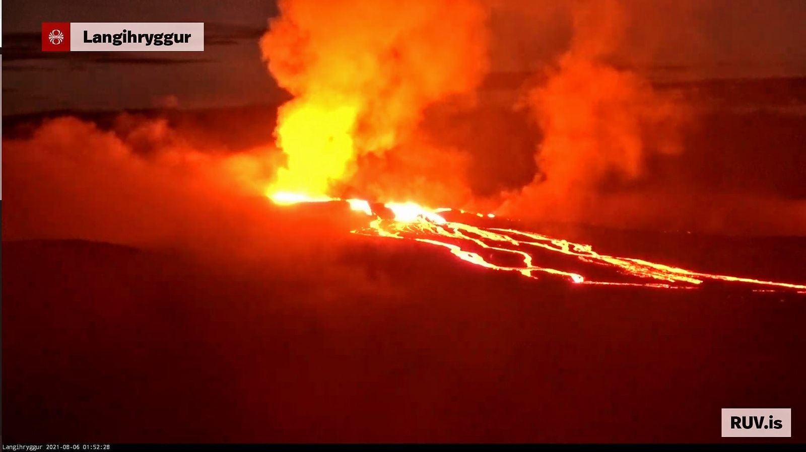 Fagradslasfjall - coulées du 06.08.2021 / 01h52 - webcam langihryggur NV / RUV - un clic pour agrandir