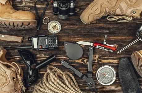 7 Must-Have Survival Tools for Outdoor Adventures
