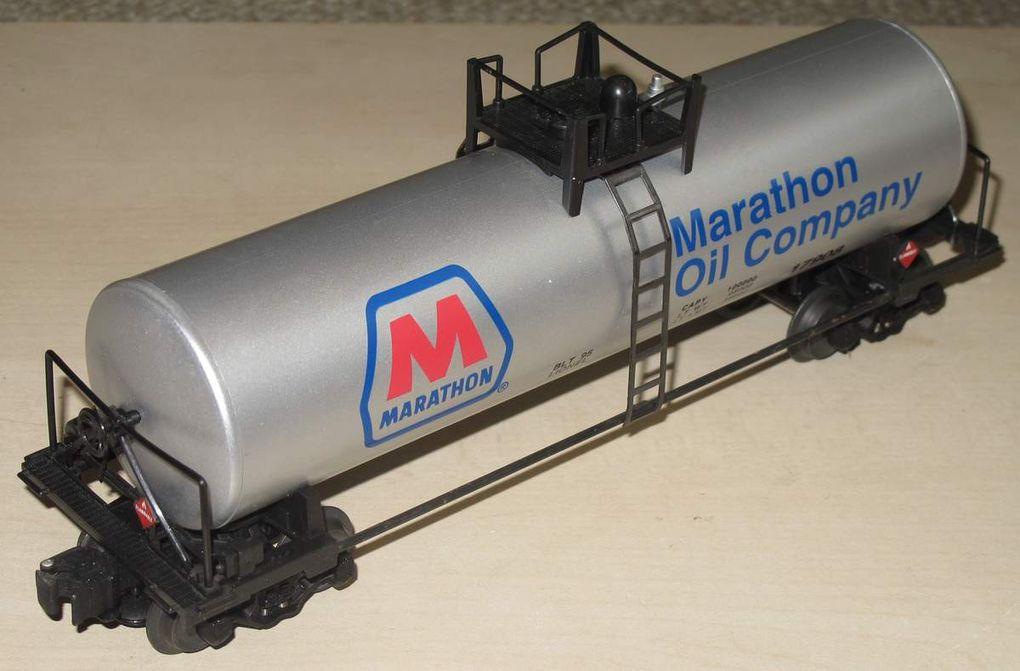 Wagon Tank Car Marathon Oil Company 3 rails échelle O Lionel