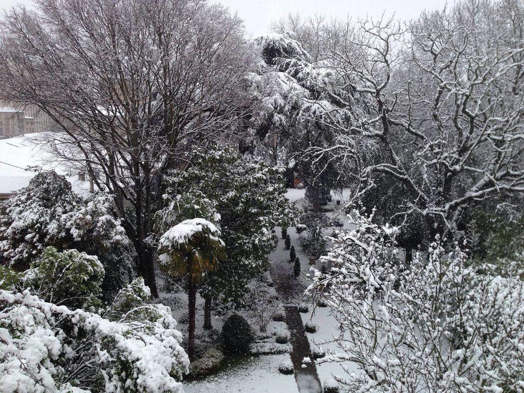 Les joies du toit-terrasse au soleil mais aussi sous la neige ;-)