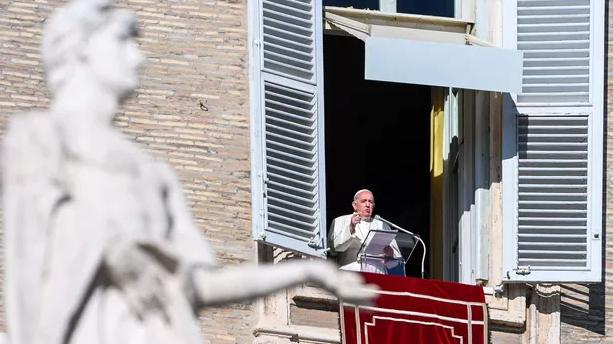 Le pape François déraille-t-il?