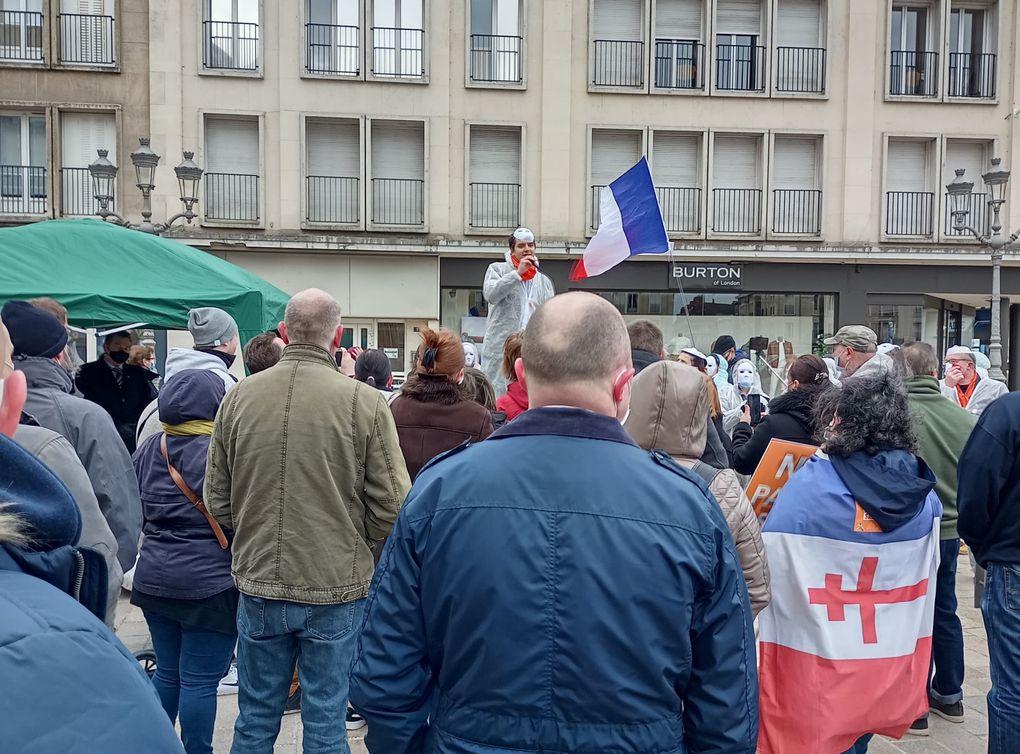 Rassemblement contre la folie sanitaire à Beauvais (03/04/21)