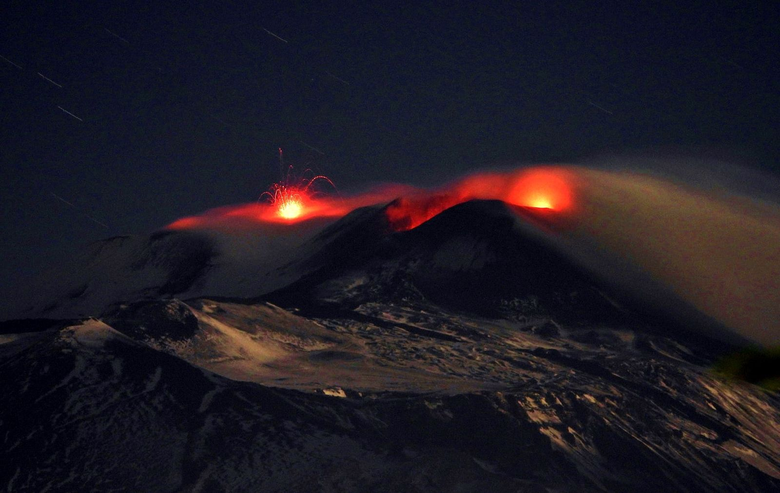 Etna SEC and VOR - 12.31.2020 - photo Boris Behncke