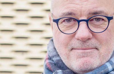 Covid-19. Poursuivi, l'éminent toxicologue Stefan Hockertz se réfugie en Suisse (France Soir)