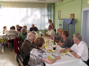 Après une dernière réunion au restaurant du musée des mines de Neufchef tous ont partagé un repas en commun