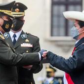 Le Président du Pérou appelle les militaires à participer au changement - Analyse communiste internationale