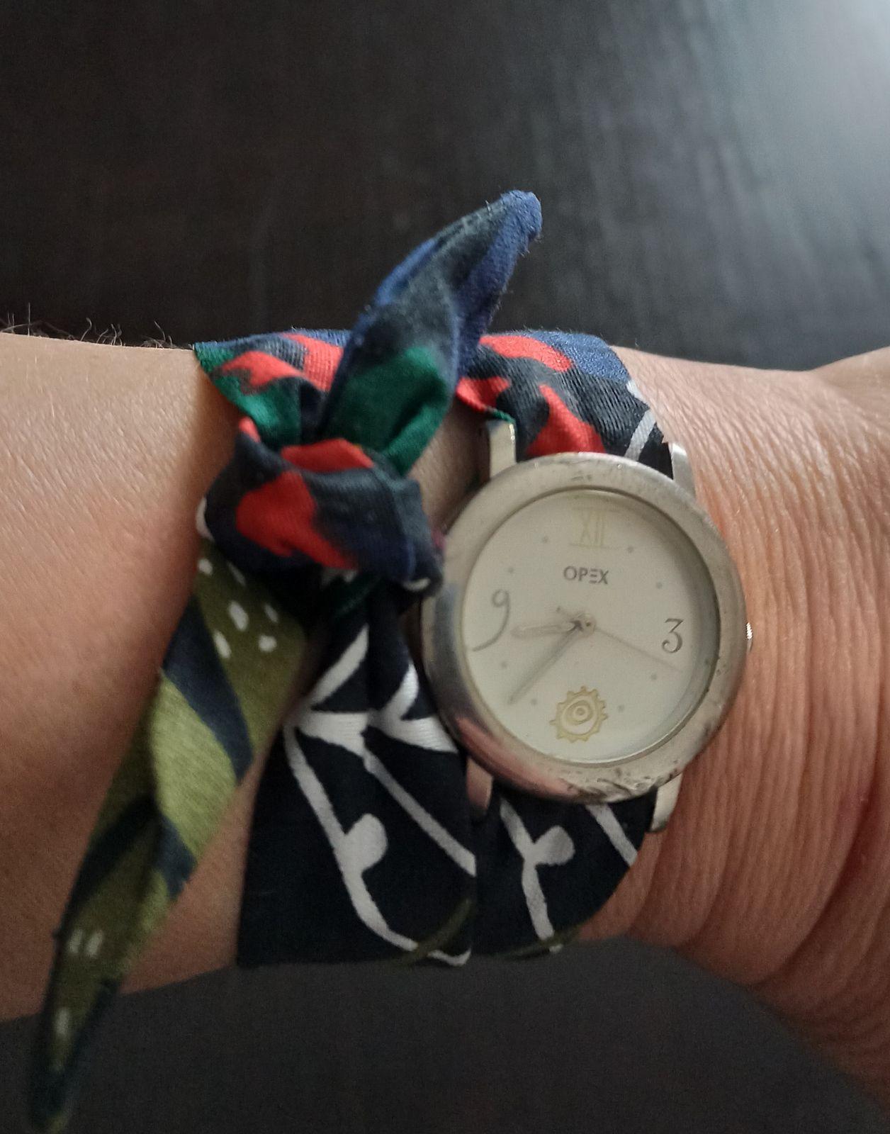Il est possible de jouer sur les couleurs et d'accorder sa montre à sa tenue.