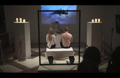 """Quand"""" l'art """" devient cannibale... (VIDEO)"""