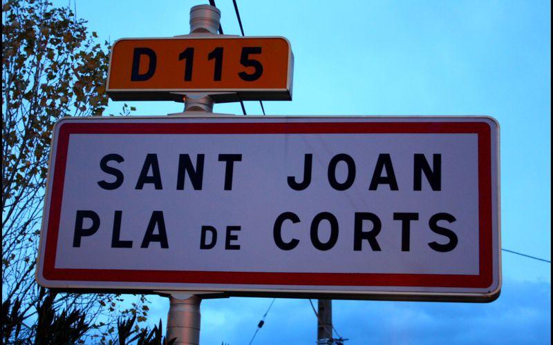 St JEAN PLA DE CORTS (ballade dans les rues...)