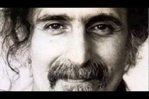 "J'aime une vidéo @YouTube: ""Frank Zappa -..."