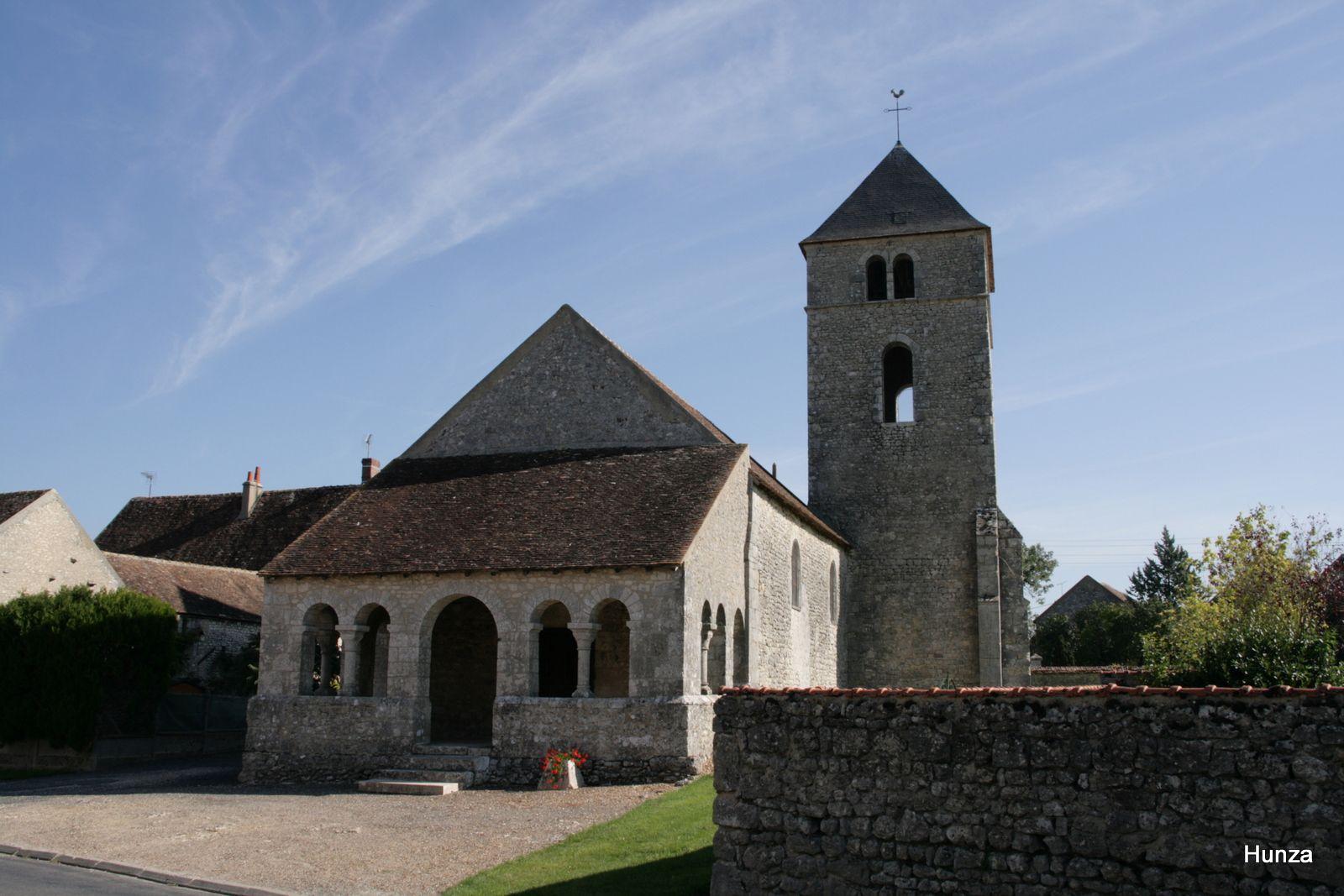 Préfontaines, caquetoire de l'église Saint-Jean Baptiste