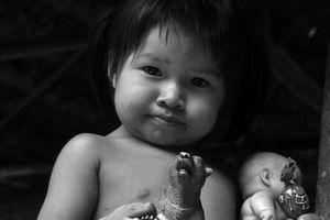 Mille et une photos du Panama, jeunes Amérindiens Embera et Wounaan