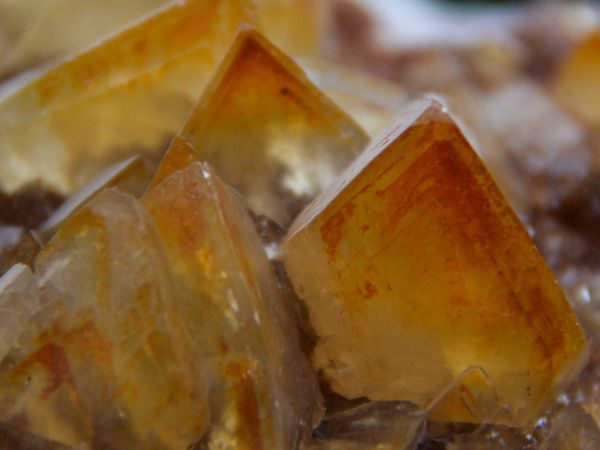 Calcite from Mariposa, Mexico (Mexique) (size: Cabinet)