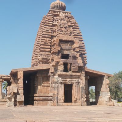 INCREDIBLE INDIA  9 :   AIHOLE  ET CAMPAGNE INDIENNE