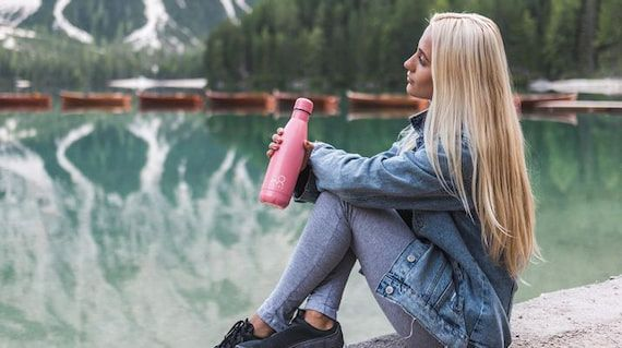 woman-in-the-nature-with-insulated-water-bottle