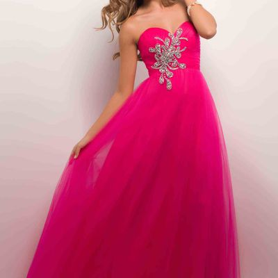 Look Your Best In A Bright Pink Dress