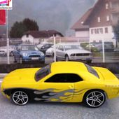 DODGE CHALLENGER CONCEPT HOT WHEELS 1/64 - car-collector.net