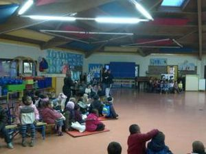 La maternelle la Saussaie occupée par les parents à Saint-Denis