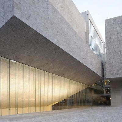 YVONNE FARRELL AND SHELLEY MCNAMARA (GRAFTON ARCHITECTS)  ARE THE 2020 PRITZKER PRIZE