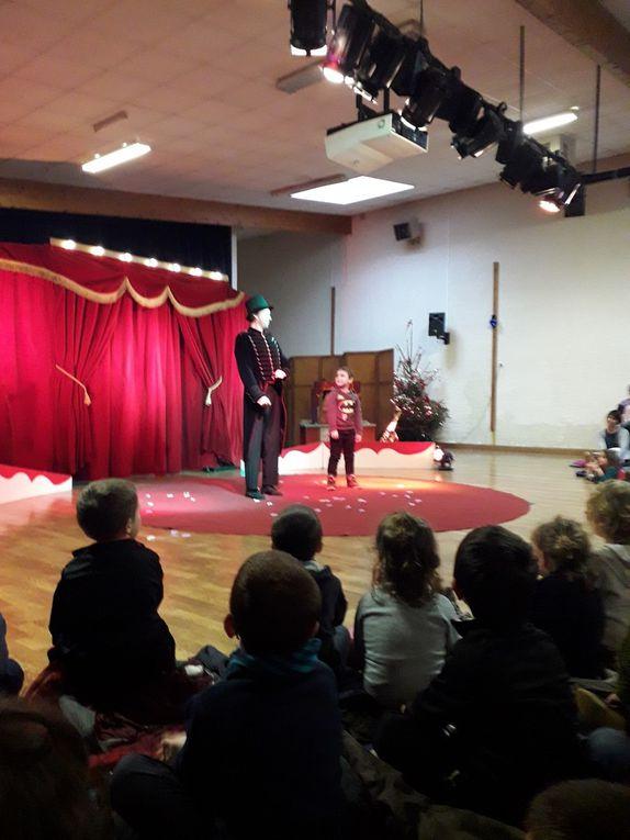 """Spectacle """"Manivelle Circus"""" du 14 décembre"""
