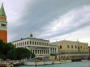 Le palais des Doges et le Campanile, Venise.