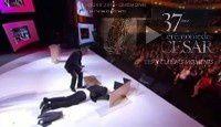 La Chute Kad de Merad aux Césars 2012 & les meilleurs moments de la soirée en videos