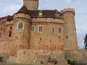 Castelnau-Bretenoux (Voyages en camping-car)