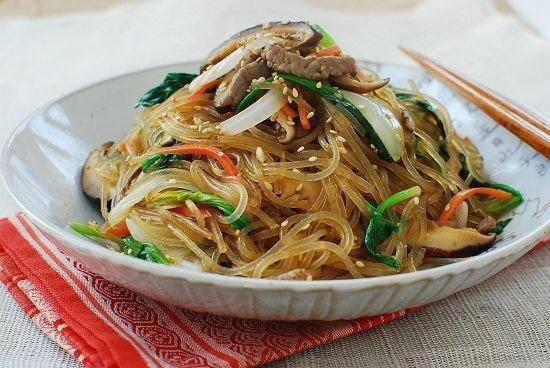 Aliments du Festival d'automne est-asiatique