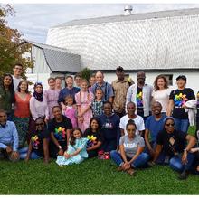 La famille mennonite évite les gadgets mais cultive du maïs OGM