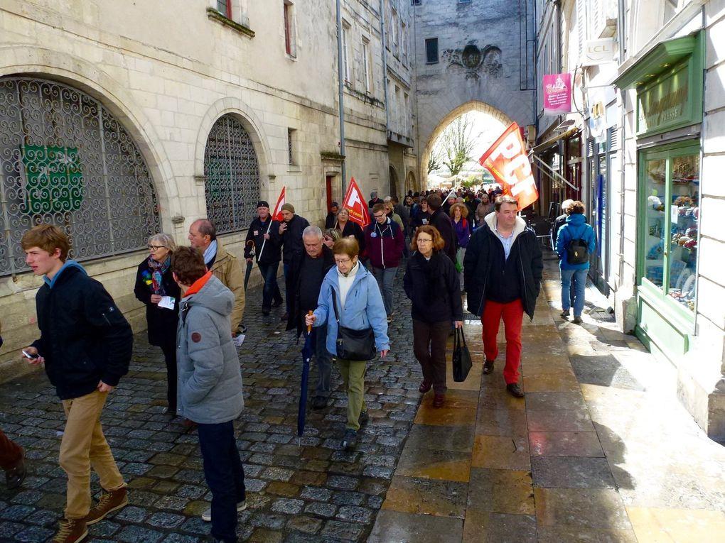 Manifestation pour le retrait de la loi travail à La Rochelle