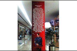 Une immense photo d'Hitler dans le plus grand centre commercial d'Istanbul