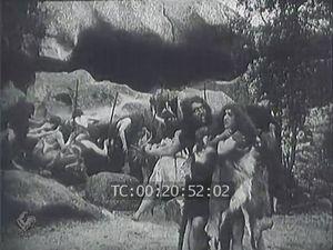 """""""La Guerre du Feu"""" (1914), film de Georges Denola, d'après le roman de J.-H. Rosny aîné"""