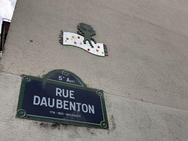 Murs insolites parisiens