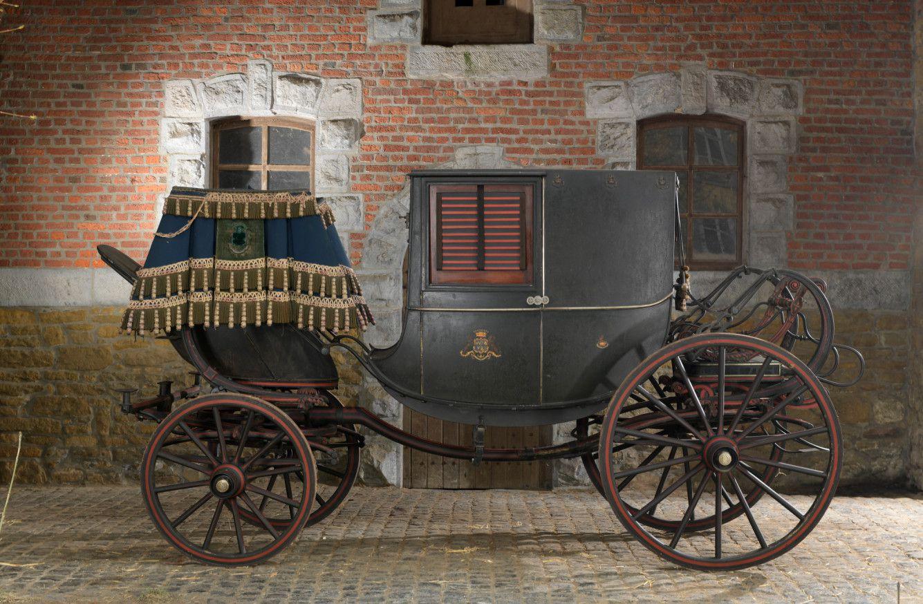 Grand coupé de ville. Carrossier: Ehrler à Paris, fournisseur des Ecuries impériales de Napoléon III.