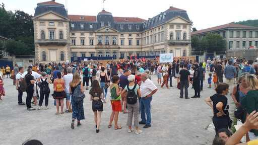 2000 manifestants au Puy avec FORCE OUVRIERE contre le passe licenciement