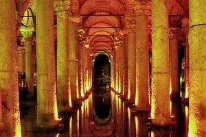 Superstructures souterraines incroyables du monde antique - La Citerne Basilique d'Istambul