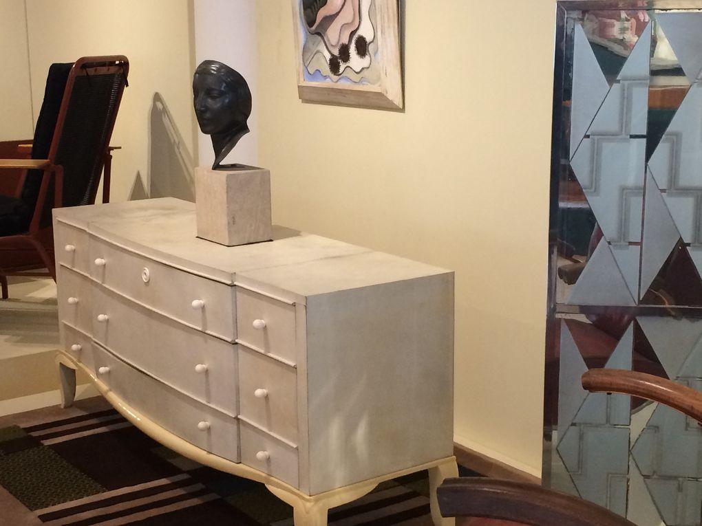 Meubles des salles permanentes du musée des années 30
