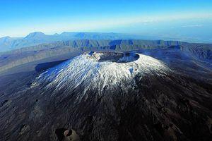 L'ancienneté du point chaud de La Réunion, va vous surprendre.