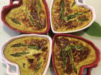 Flans d'asperges, parmesan et basilic