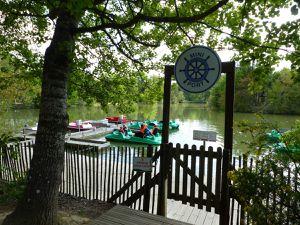 Parcours de l'Aventure, mini golf et bateaux à pédalier
