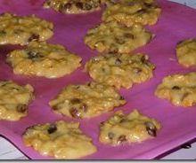 Biscuits aux corn flakes et raisins secs