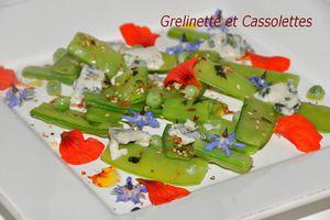 Pois gourmands à la Menthe et Pétales de Roquefort